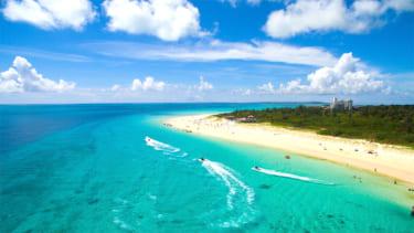 与那霸前浜海滩